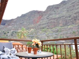 Calma Suites Agulo balcony and views to the mountains La Gomera